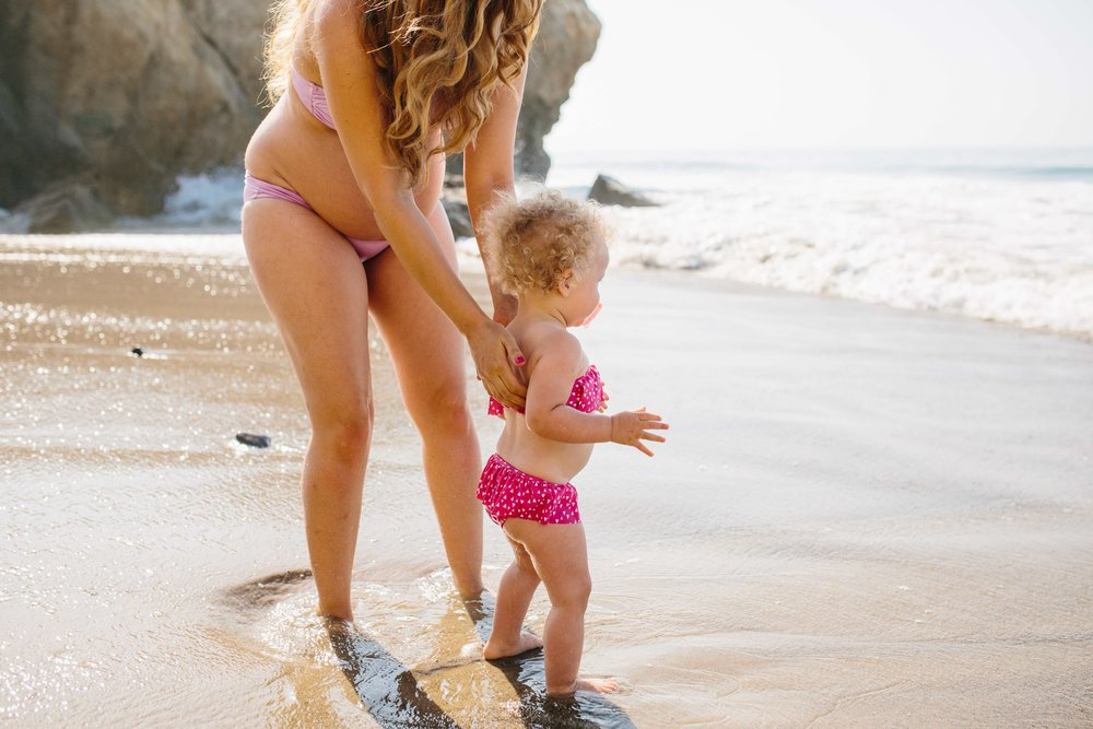 Malibu Maternity Photographer © Abigail R Collins Photography