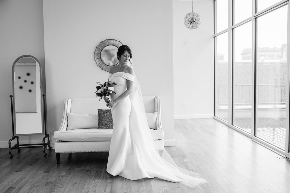Tara  Gentry gown  | Raleigh, NC | 2016    Katelyn McKay Photography