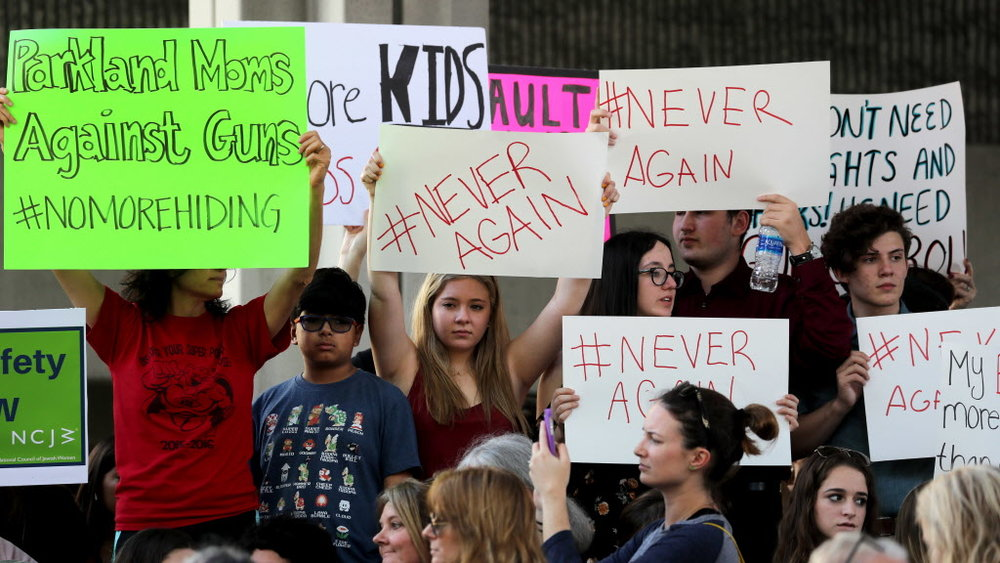 US_NEWS_FLA-SCHOOLSHOOTING-RALLY_3_FL_48365544.jpg