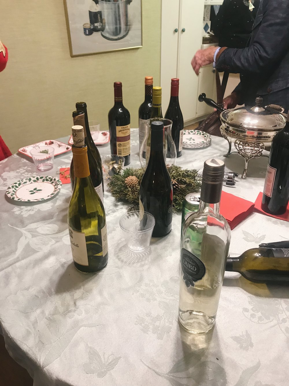 #348 Wine Table.JPG
