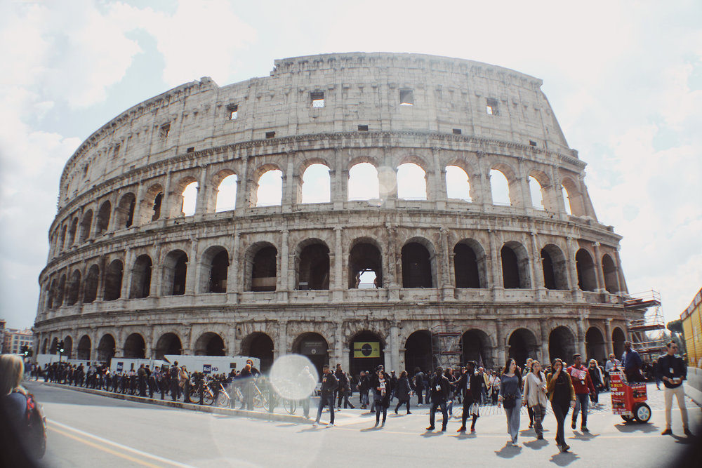 Colosseo [5].jpg