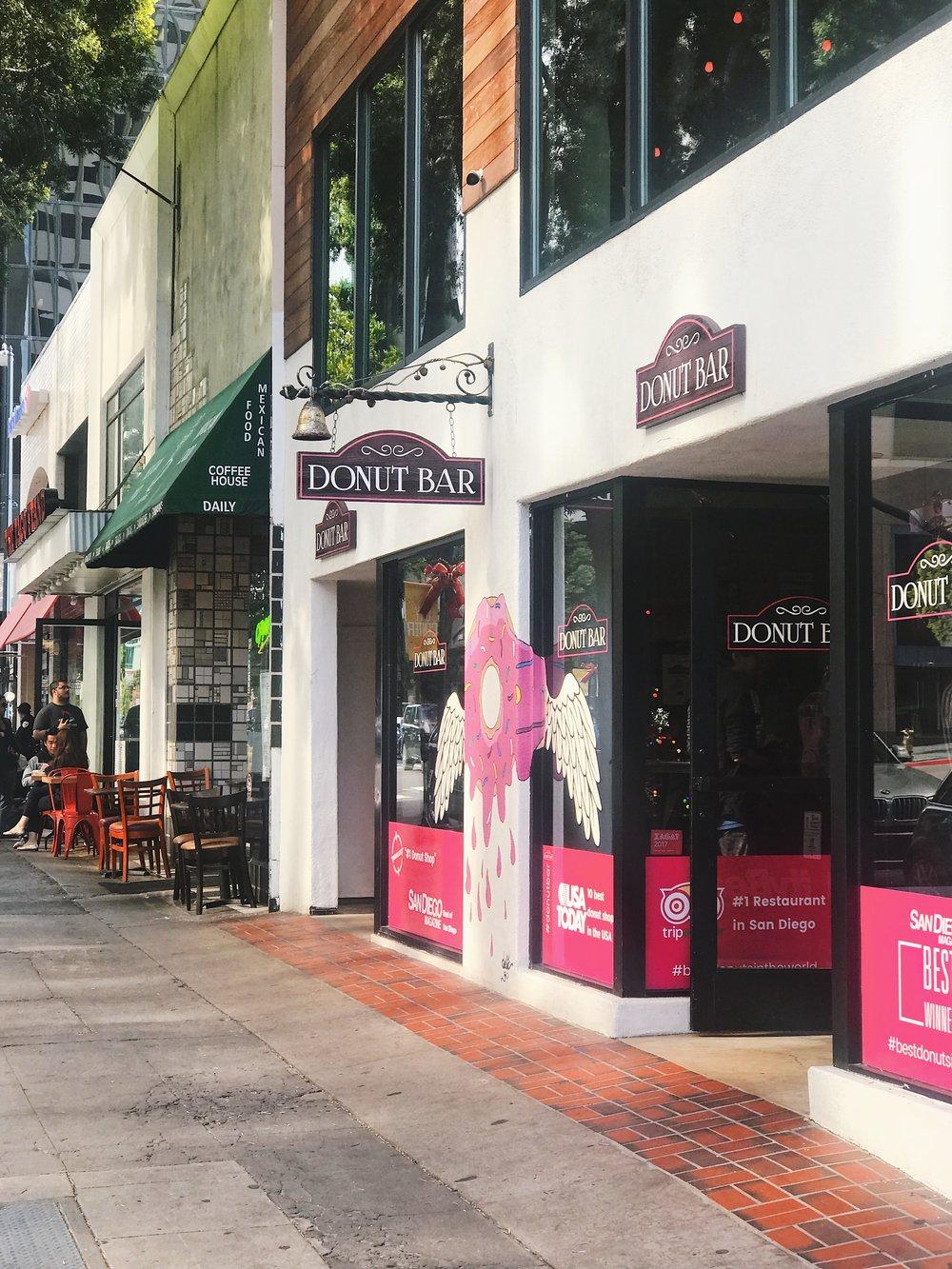Downtown Eats [1].JPG