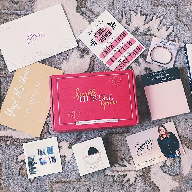 Sparkle Hustle Grow is an online community and subscription box for female entrepreneurs, and they sent me a free box to try out their product! I love watching unboxing videos so I'm sharing mine too so you can see my honest-to-goodness genuine reaction to all the items. Annnd they've given me a coupon code for you guys so be sure to look in the description box below the video for $5 off!  Just click the link in my profile, then click the button that says Latest Blogging/Working Mama Videos to watch the video!  DISCLAIMER: The Sparkle Hustle Grow box was given to me free of charge and I am an affiliate for the subscription. However, I'm giving my honest-to-goodness reactions here so you can have peace of mind that this is a genuine review. :) #sparklehustlegrow