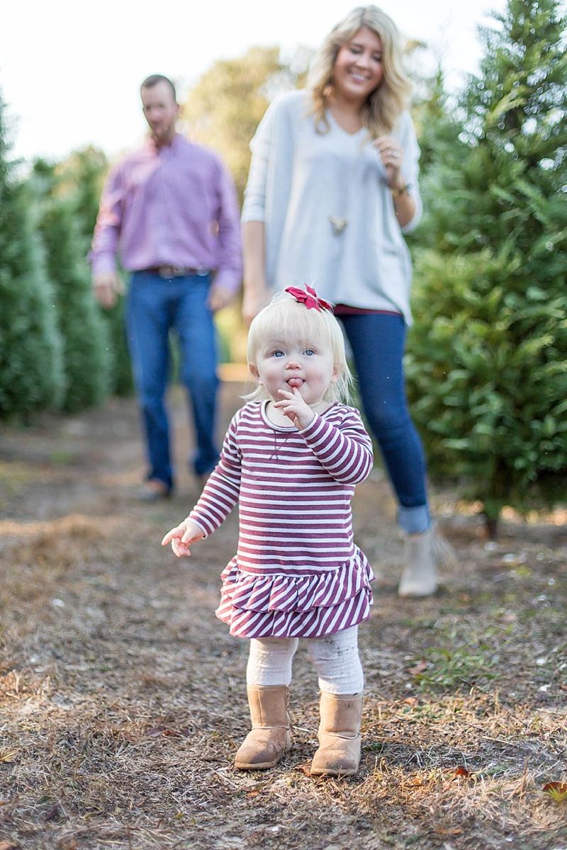addison + christmas trees | webster tree farm_0005.jpg