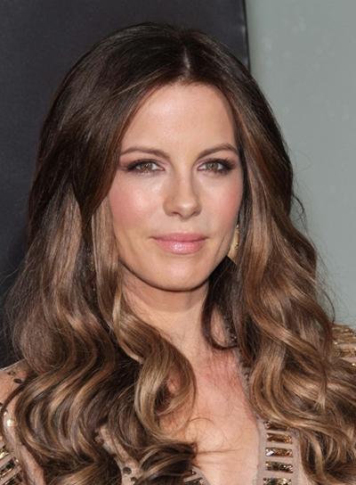 kate-beckinsale-long-wavy-highlights-sexy-brunette.jpg