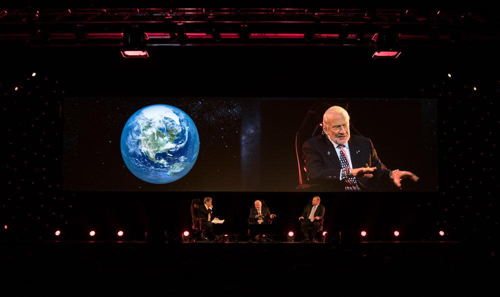 Mars_The_Live_Experience_6_Nov_16_15.jpg