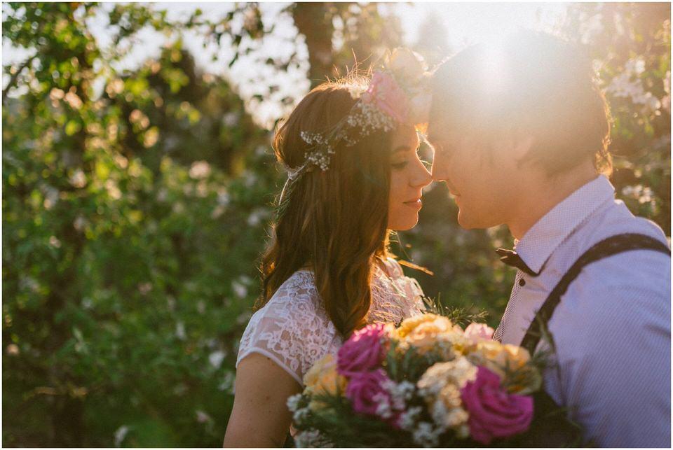 poroka-wedding-inspiration-spring-styled-session-sanjska-obleka-nika-grega-orchard-themed-destionation-photographer-slovenia-poročni-fotograf-slovenija-europe-boho-romantic-vintage 020.jpg