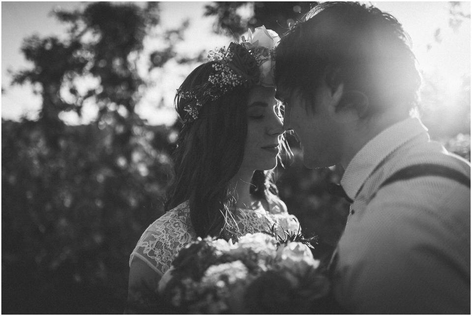 poroka-wedding-inspiration-spring-styled-session-sanjska-obleka-nika-grega-orchard-themed-destionation-photographer-slovenia-poročni-fotograf-slovenija-europe-boho-romantic-vintage 021.jpg
