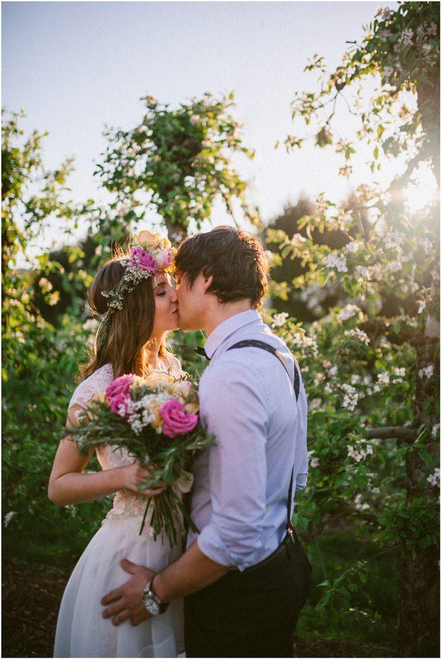 poroka-wedding-inspiration-spring-styled-session-sanjska-obleka-nika-grega-orchard-themed-destionation-photographer-slovenia-poročni-fotograf-slovenija-europe-boho-romantic-vintage 022.jpg