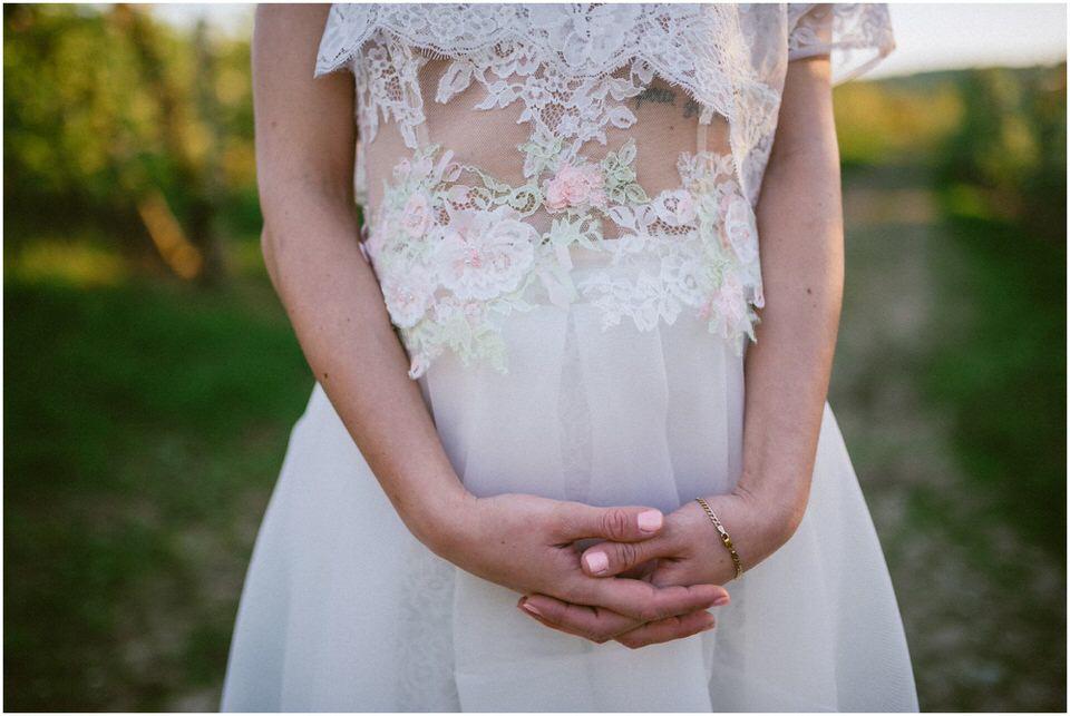 poroka-wedding-inspiration-spring-styled-session-sanjska-obleka-nika-grega-orchard-themed-destionation-photographer-slovenia-poročni-fotograf-slovenija-europe-boho-romantic-vintage 031.jpg