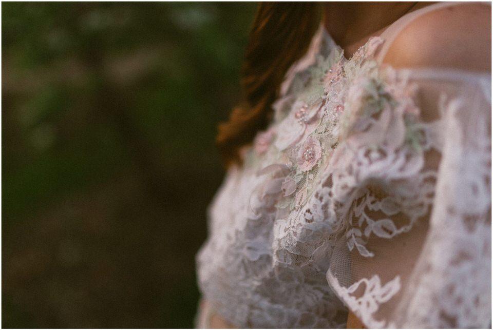 poroka-wedding-inspiration-spring-styled-session-sanjska-obleka-nika-grega-orchard-themed-destionation-photographer-slovenia-poročni-fotograf-slovenija-europe-boho-romantic-vintage 058.jpg