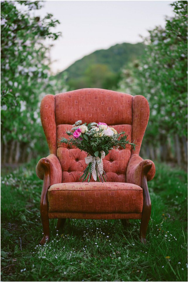 poroka-wedding-inspiration-spring-styled-session-sanjska-obleka-nika-grega-orchard-themed-destionation-photographer-slovenia-poročni-fotograf-slovenija-europe-boho-romantic-vintage 068.jpg