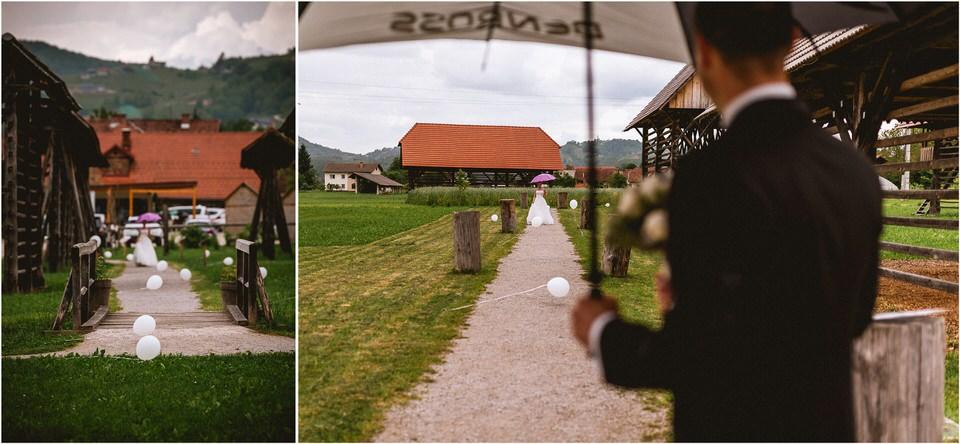 02 poroka dolenjska novo mesto slovenija porocni fotograf fotografiranje nika grega sentrupert dezela kozolcev (13).jpg