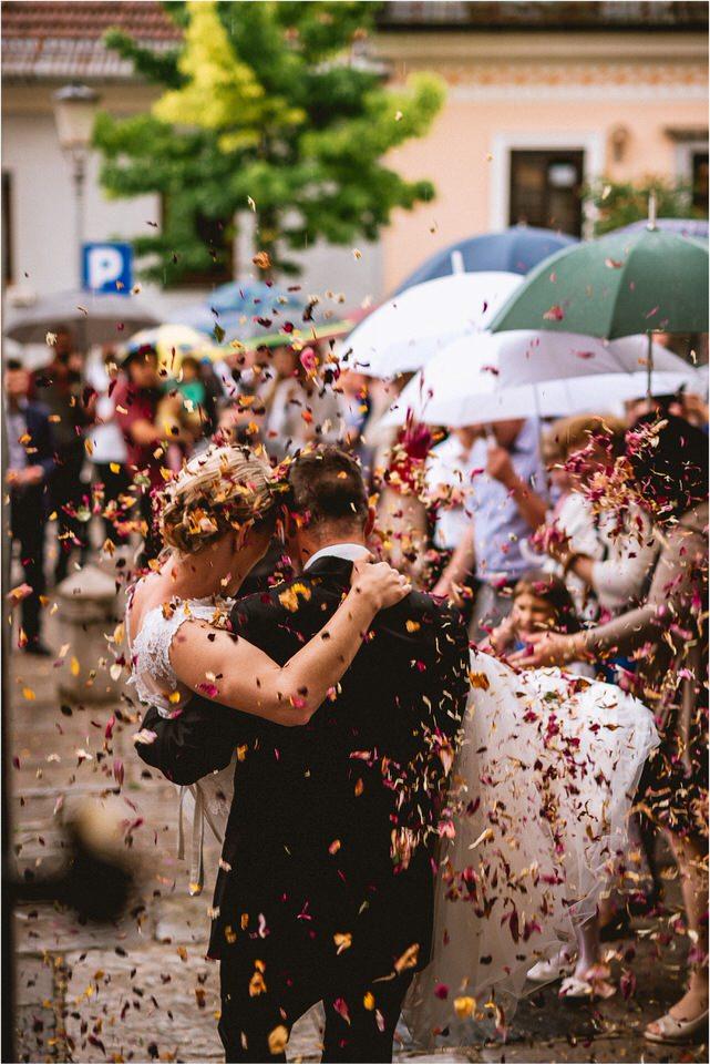04 rustic barn wedding slovenia kozolec dezela kozolcev poroka zunaj novo mesto sentrupert prepih dolenjska slovenija (4).jpg