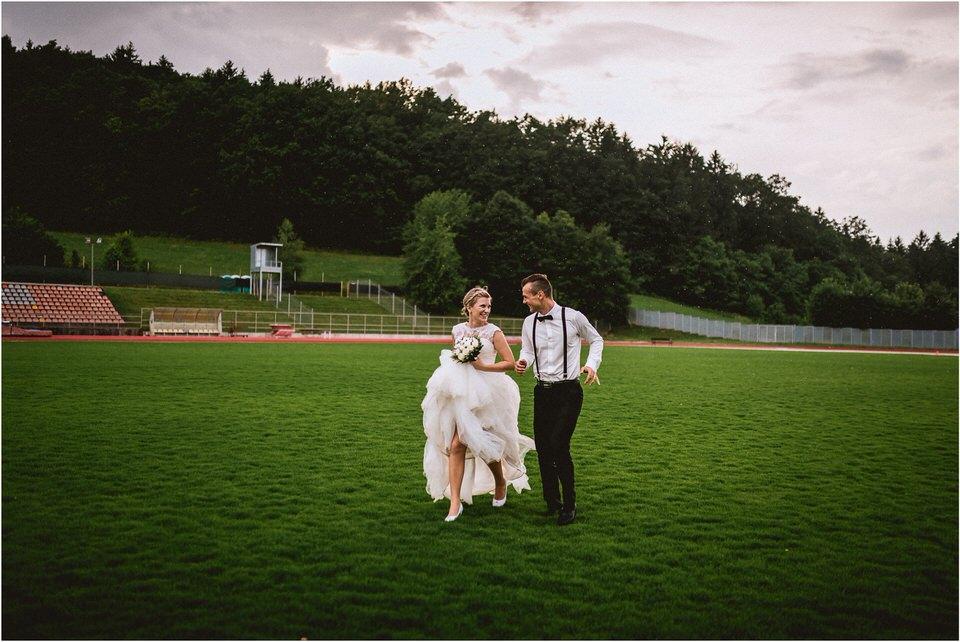 04 rustic barn wedding slovenia kozolec dezela kozolcev poroka zunaj novo mesto sentrupert prepih dolenjska slovenija (11).jpg