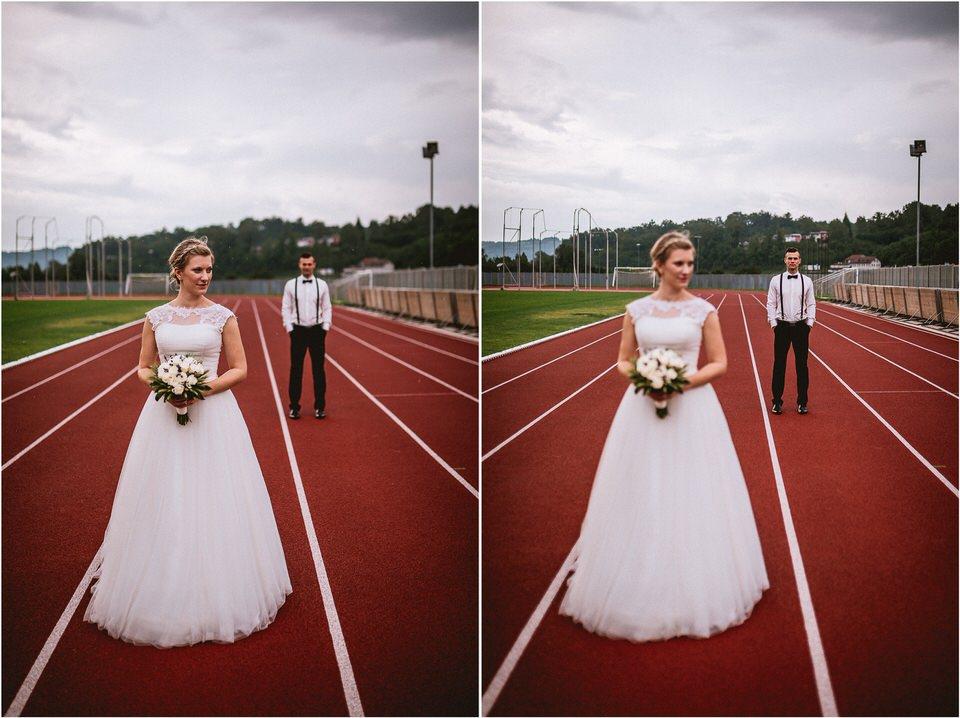 04 rustic barn wedding slovenia kozolec dezela kozolcev poroka zunaj novo mesto sentrupert prepih dolenjska slovenija (15).jpg
