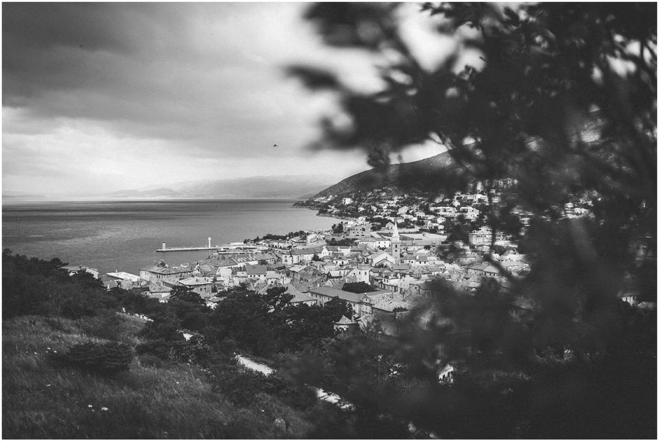 01 senj croatia destination wedding photographer nika grega beach croatia seaside (4).jpg