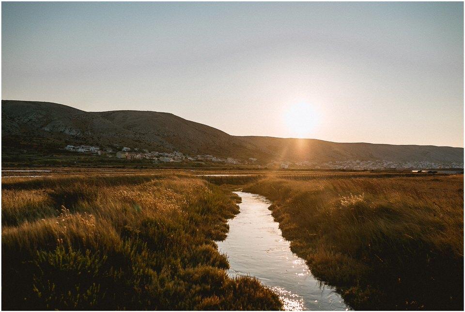 02 Poroka predporocno fotografiranje zaroka zarocno otok pag nika grega porocni fotograf slovenija hrvaska (14).jpg