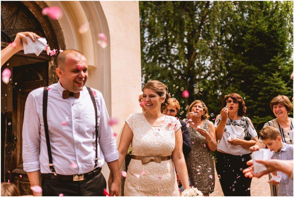 03 kostanjevica na krki poroka nika grega porocni fotograf posavje slovenija ljubljana zagreb (12).jpg