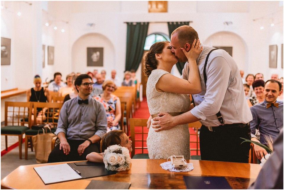 03 kostanjevica na krki poroka nika grega porocni fotograf posavje slovenija ljubljana zagreb (16).jpg
