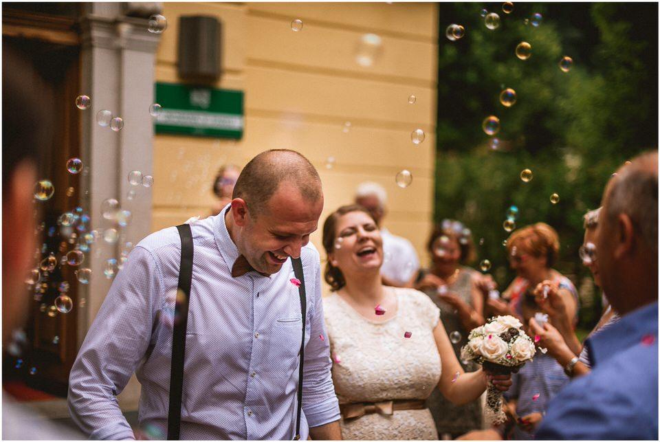 03 kostanjevica na krki poroka nika grega porocni fotograf posavje slovenija ljubljana zagreb (18).jpg