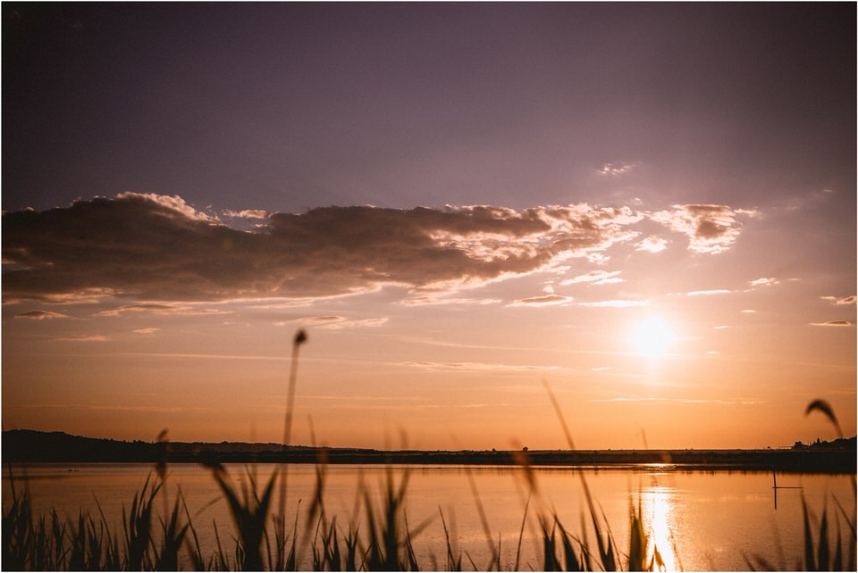 07 soline secovlje lepa vida thalasso spa wedding poroka nka grega porocni fotograf zaroka predporocno fotografiranje saltflats sunset (6).jpg