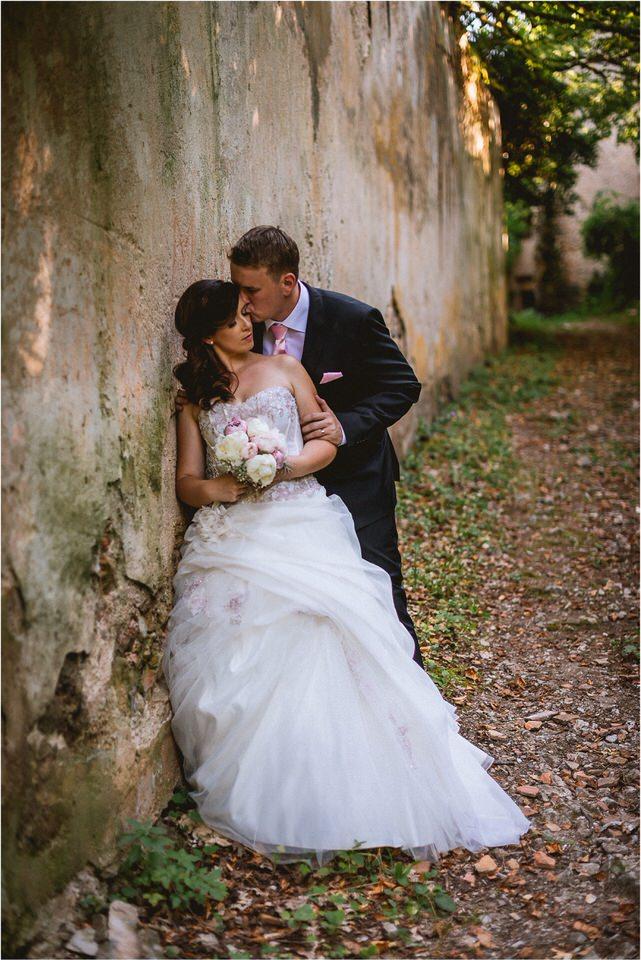 06 poroka grad podcetrtek porocni fotograf nika grega zaroka ljubljana olimje jelenov greben vintage rustikalni stil potonike003.jpg