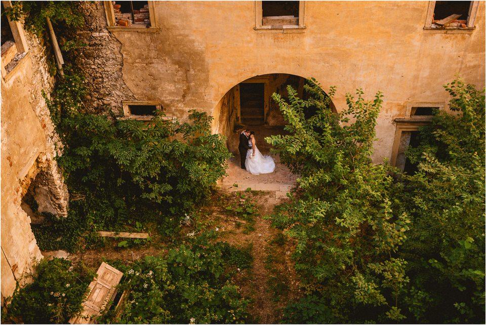 06 poroka grad podcetrtek porocni fotograf nika grega zaroka ljubljana olimje jelenov greben vintage rustikalni stil potonike008.jpg