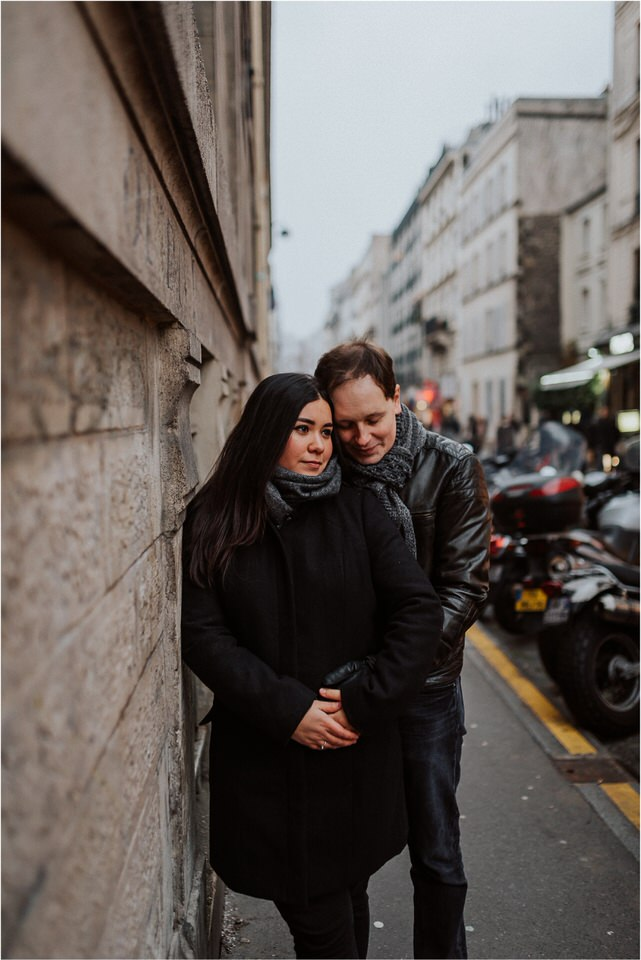 05 romantic moody wedding honeymoon engagement anniversary couple session valentines day paris france eiffel tower sacre coer rainy nika grega destination wedding photographers (14).jpg