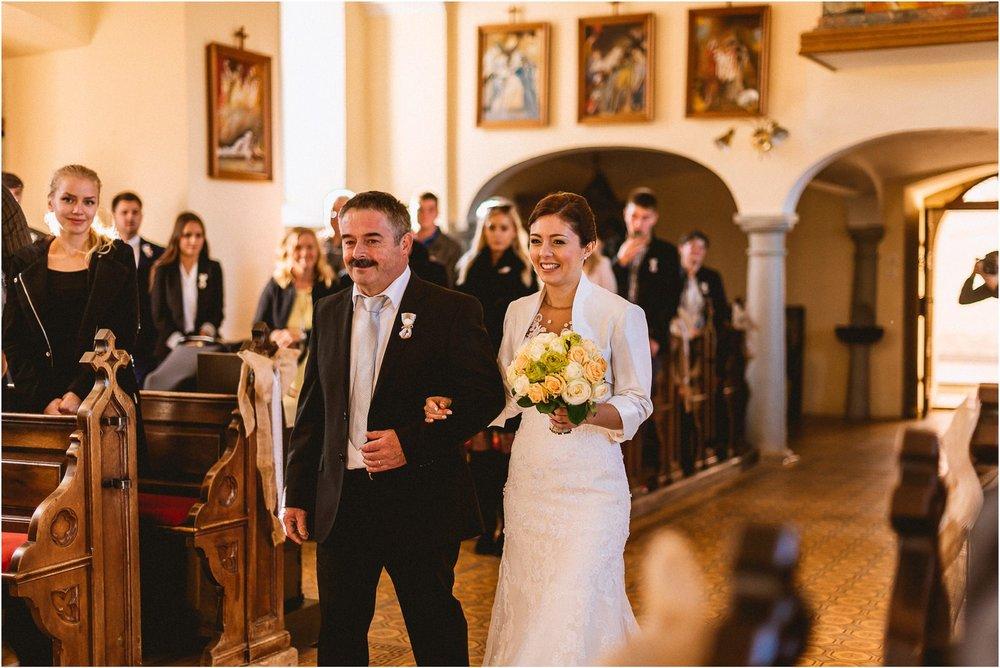 05 slovenija bled poroka ljubljana maribor brdo pri kranji nika grega porocni fotograf fotografiranje narava zaroka zaobljuba 008.jpg