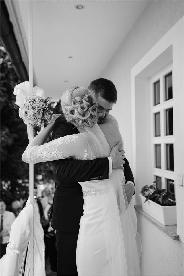 wedding slovenia dular kostanjek poroka porocni fotograf fotografiranje slovenia engagement rustic wedding romantic rustikalna poroka porocim se sentjernej 020.jpg