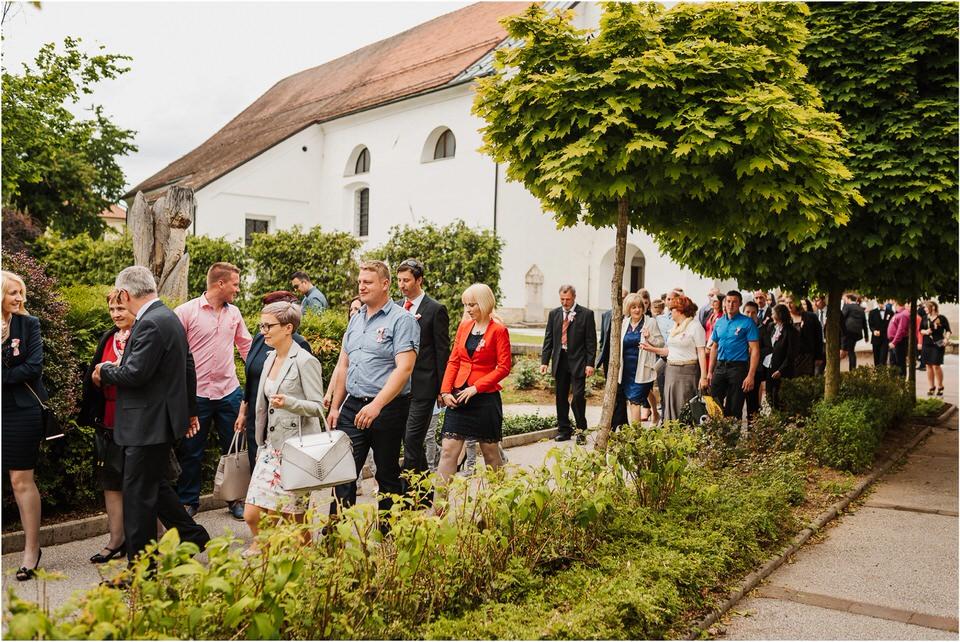 wedding slovenia dular kostanjek poroka porocni fotograf fotografiranje slovenia engagement rustic wedding romantic rustikalna poroka porocim se sentjernej 029.jpg