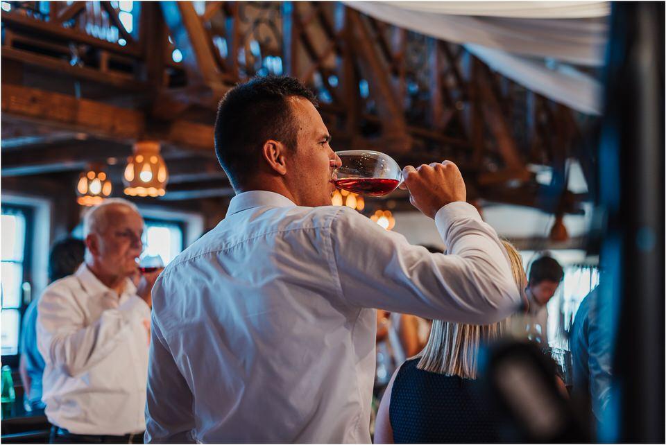 wedding slovenia dular kostanjek poroka porocni fotograf fotografiranje slovenia engagement rustic wedding romantic rustikalna poroka porocim se sentjernej 046.jpg