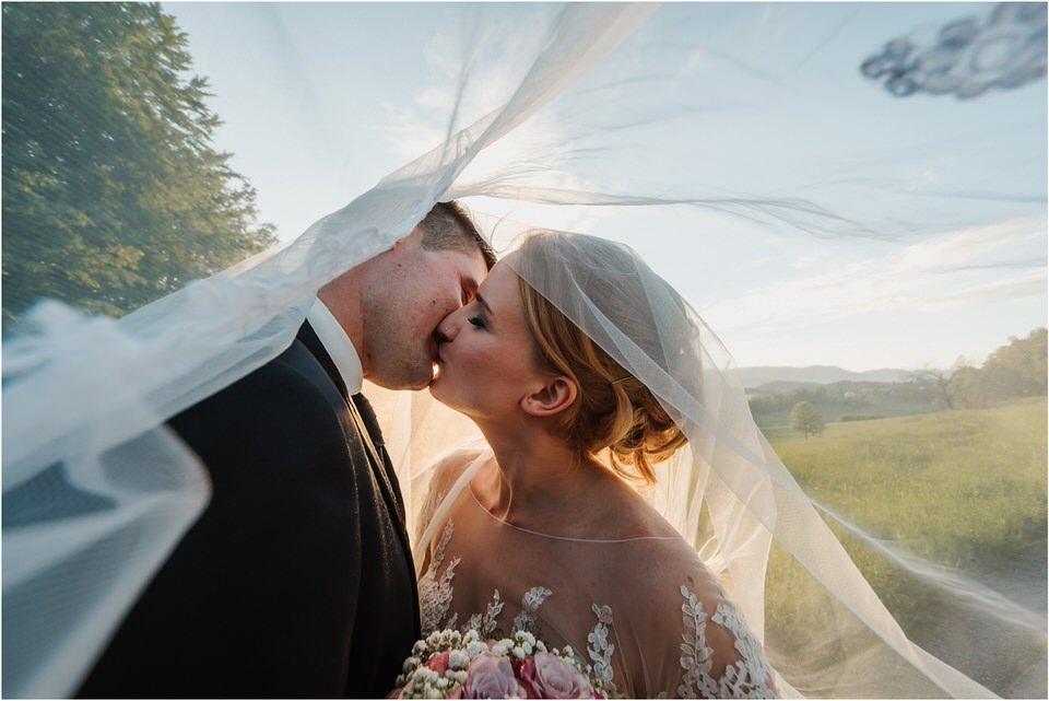 wedding slovenia dular kostanjek poroka porocni fotograf fotografiranje slovenia engagement rustic wedding romantic rustikalna poroka porocim se sentjernej 062.jpg