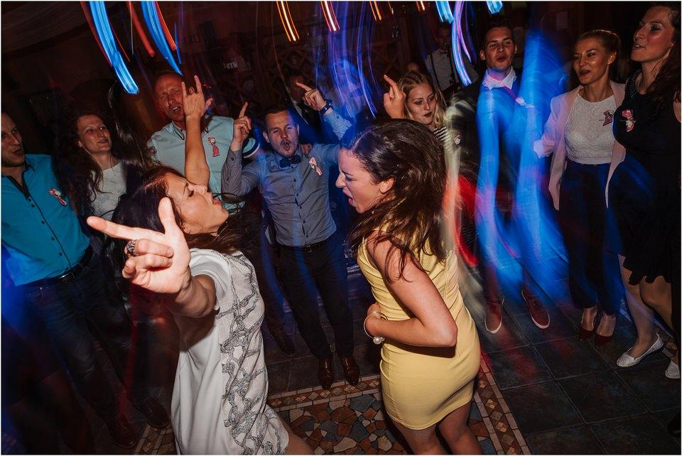 wedding slovenia dular kostanjek poroka porocni fotograf fotografiranje slovenia engagement rustic wedding romantic rustikalna poroka porocim se sentjernej 076.jpg