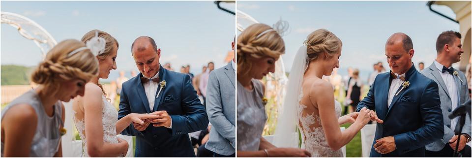 poroka vinski dvor deu maj spomlad porocni fotograf fotografiranje rustika romantika nika grega narava organska poroka zaroka slovenija 0044.jpg