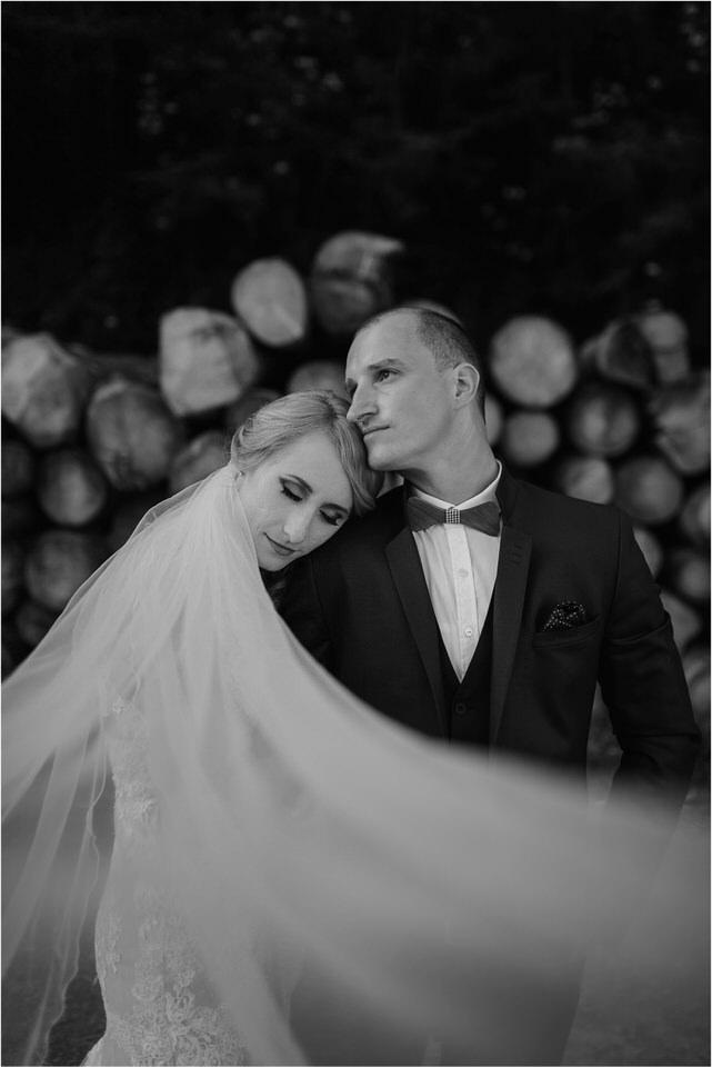 poroka vinski dvor deu maj spomlad porocni fotograf fotografiranje rustika romantika nika grega narava organska poroka zaroka slovenija 0063.jpg