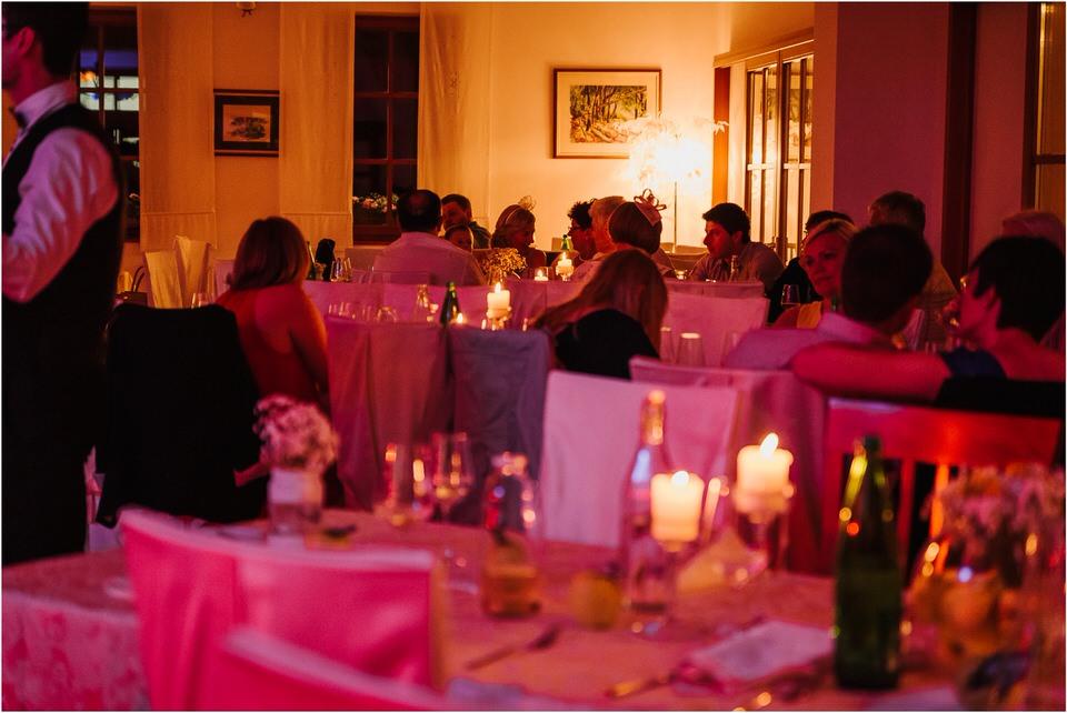poroka vinski dvor deu maj spomlad porocni fotograf fotografiranje rustika romantika nika grega narava organska poroka zaroka slovenija 0081.jpg