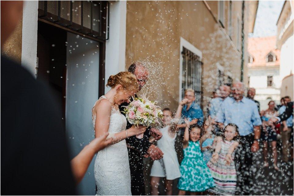 poroka gorenjska wedding slovenia photographer destionation kranj kamnik kamniska bistrica repnik penzion fotografiranje fotograf sanjska obleka 0022.jpg