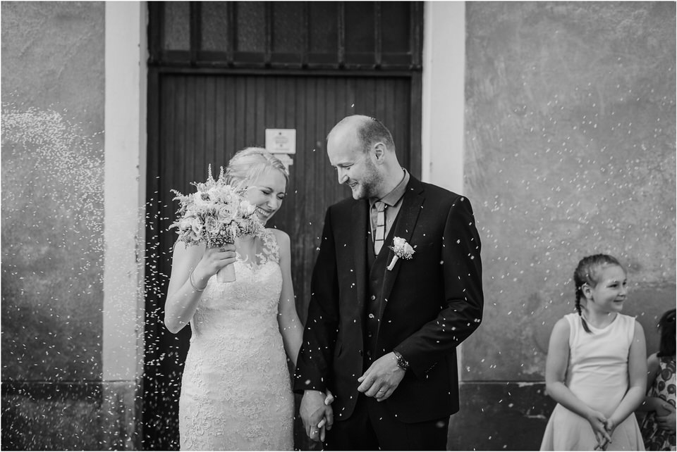 poroka gorenjska wedding slovenia photographer destionation kranj kamnik kamniska bistrica repnik penzion fotografiranje fotograf sanjska obleka 0023.jpg