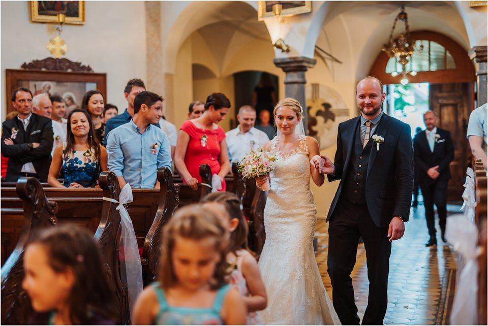 poroka gorenjska wedding slovenia photographer destionation kranj kamnik kamniska bistrica repnik penzion fotografiranje fotograf sanjska obleka 0051.jpg