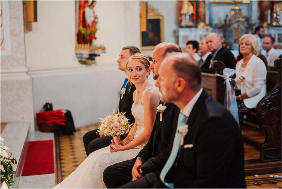 poroka gorenjska wedding slovenia photographer destionation kranj kamnik kamniska bistrica repnik penzion fotografiranje fotograf sanjska obleka 0052.jpg