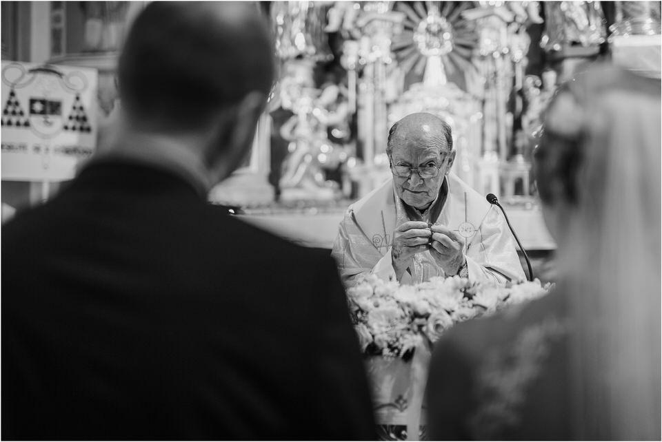 poroka gorenjska wedding slovenia photographer destionation kranj kamnik kamniska bistrica repnik penzion fotografiranje fotograf sanjska obleka 0053.jpg