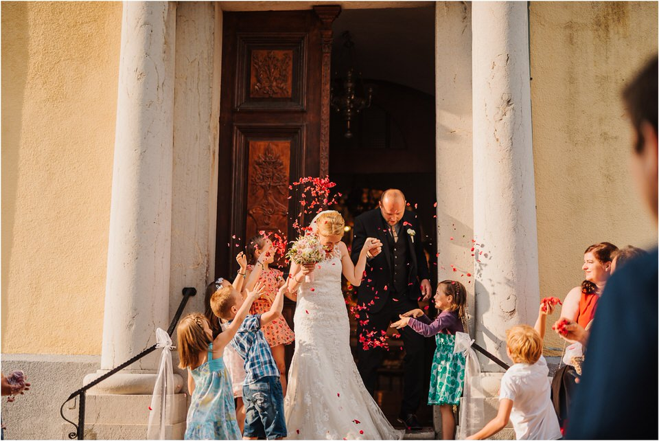 poroka gorenjska wedding slovenia photographer destionation kranj kamnik kamniska bistrica repnik penzion fotografiranje fotograf sanjska obleka 0059.jpg