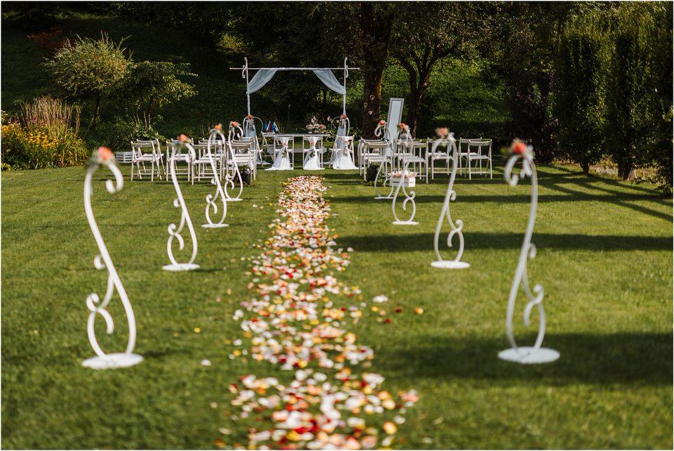 slovenia wedding poroka penzion repnik rustikalna poroka romantika spellas wedding photographer fotografija fotografiranje zaroka porocni fotograf lake bled wedding 0055.jpg