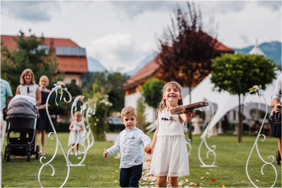 slovenia wedding poroka penzion repnik rustikalna poroka romantika spellas wedding photographer fotografija fotografiranje zaroka porocni fotograf lake bled wedding 0061.jpg