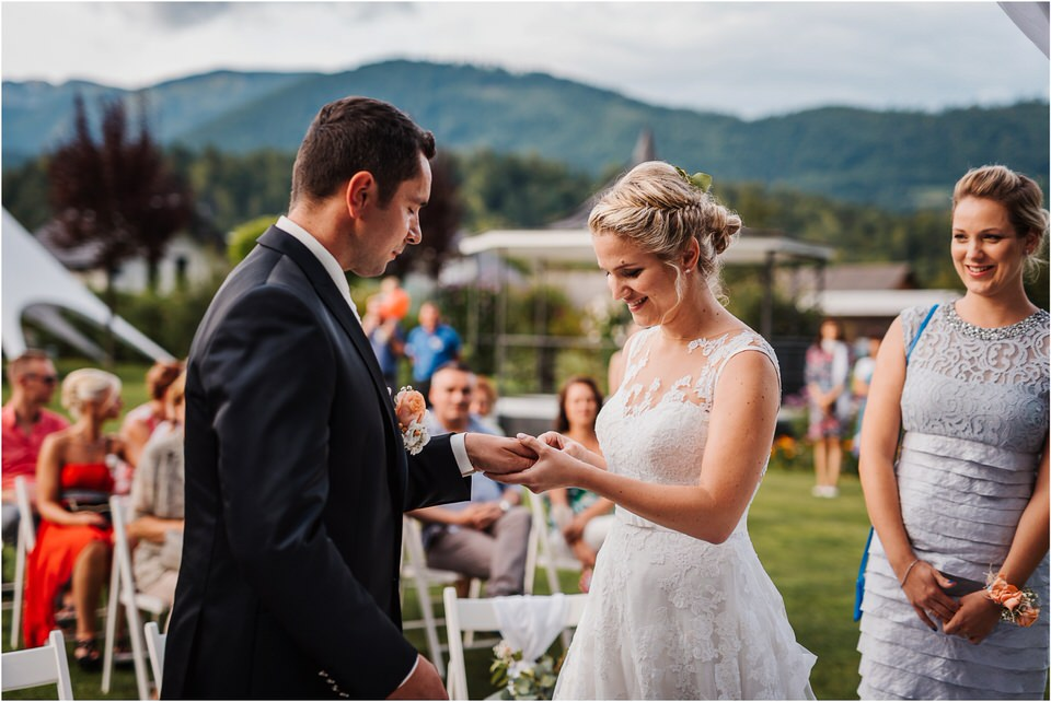 slovenia wedding poroka penzion repnik rustikalna poroka romantika spellas wedding photographer fotografija fotografiranje zaroka porocni fotograf lake bled wedding 0062.jpg