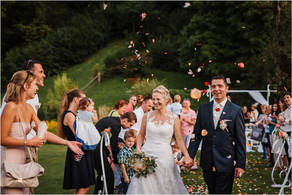 slovenia wedding poroka penzion repnik rustikalna poroka romantika spellas wedding photographer fotografija fotografiranje zaroka porocni fotograf lake bled wedding 0066.jpg