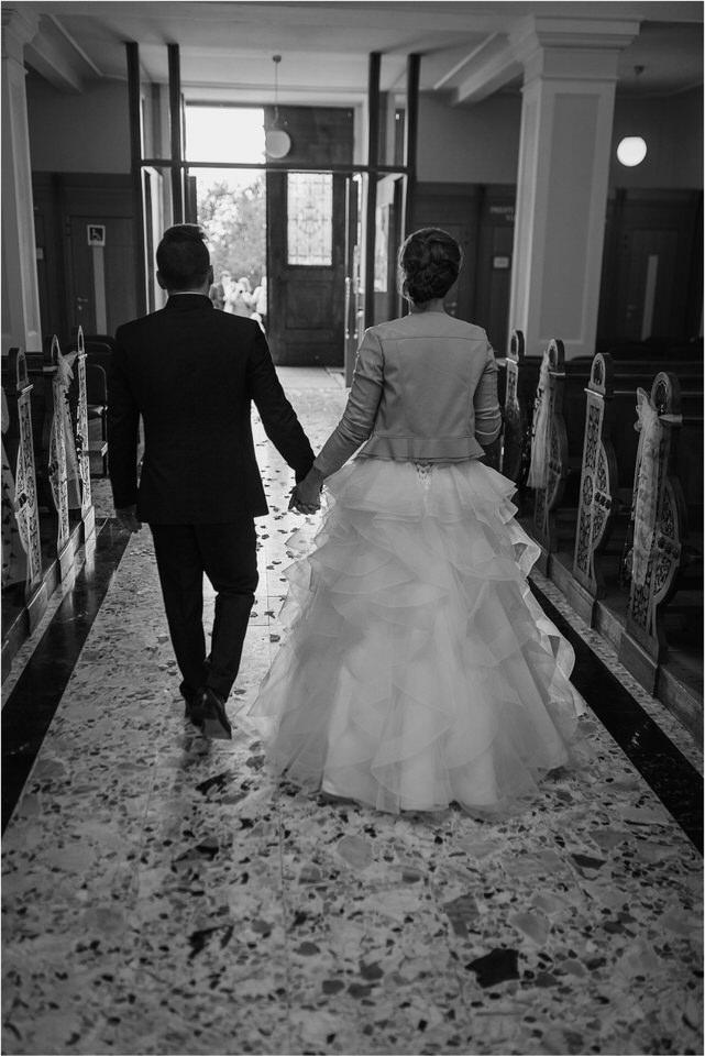 slovenia wedding photographer ljubljana trebnje lake bled bohinj kranjska gora rustic romantic wedding poroka porocni fotograf slovenija nika grega 0028.jpg