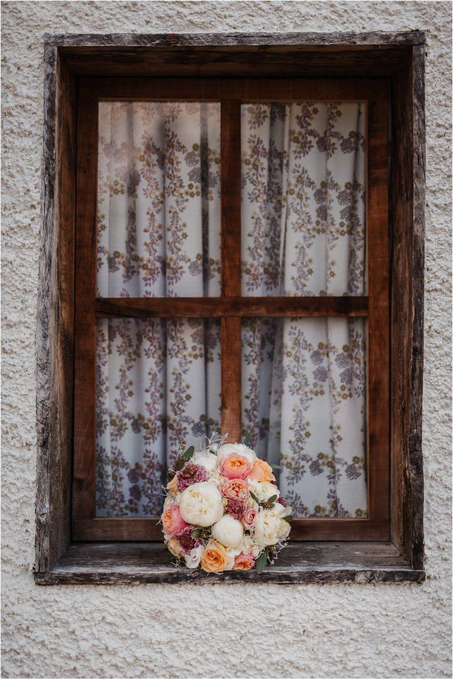 slovenia wedding photographer ljubljana trebnje lake bled bohinj kranjska gora rustic romantic wedding poroka porocni fotograf slovenija nika grega 0048.jpg